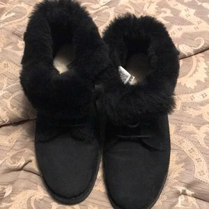 Ugg booties black 10.5. Ugg fur insole. New.